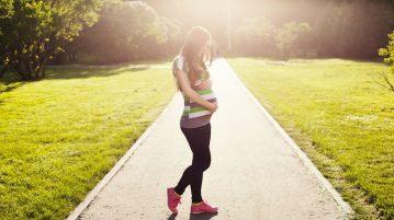 pregnant-1561750_1280